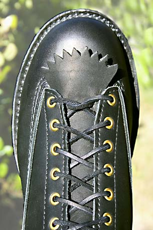 lace-to-toe